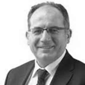 Dr. Seno Adriano